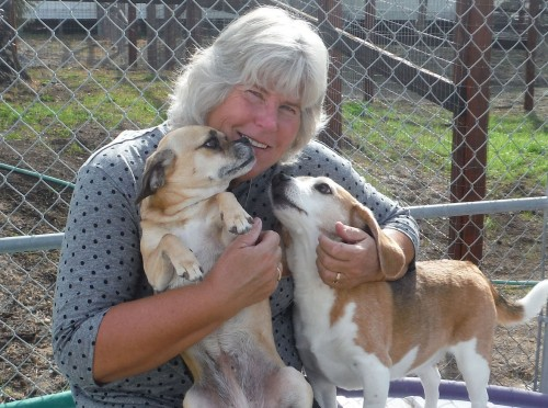 Marcia and friends enjoy a cuddle. © Two Rock Dog Ranch